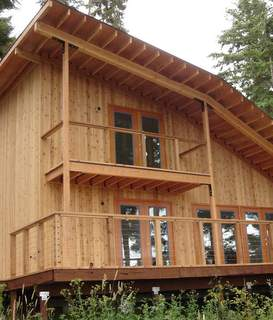 Knotty Western Red Cedar Siding