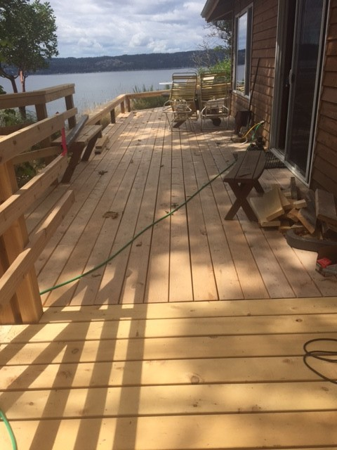 Knotty Yellow Cedar Decking for Sale