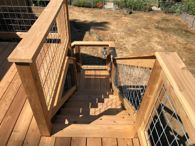 Knotty Red Cedar Decking