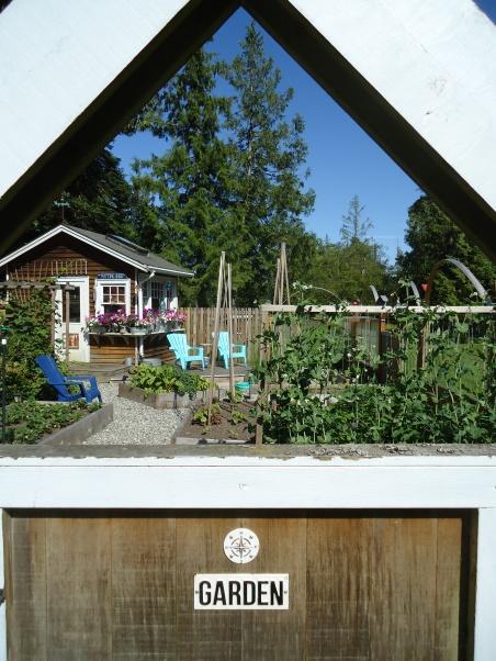 Western Red Cedar Raised Bed Garden