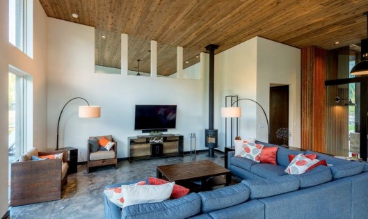 Knotty Western Red Cedar ceilings with white walls
